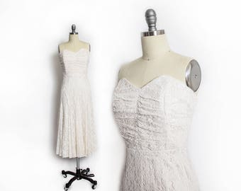 Vintage 1990s Dress - Ivory Lace Sleeveless Sweetheart Full Skirt Gown 90s - Small