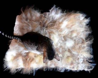 Cruelty Free, Icelandic, Moorit and White, Wool Cat Bed, Pet Bed, Dog Bed, FeltedFleece, EcoFriendly, EthicalSheepskin, PetBlanket, ThrowRug