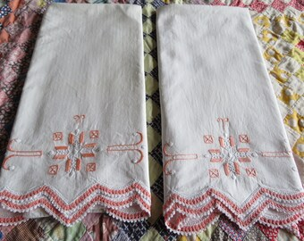 Vintage Embroidered Pillowcases White Cotton Peach Geometric Embroidery Crochet Lace