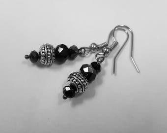 Black crystals earrings