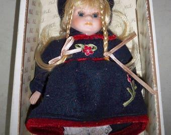Vintage Barbara Lee Collector Classics Caroline Doll