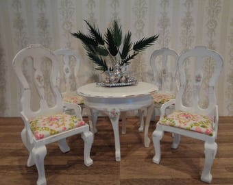 Distressed Antique White Dining Table and 4 Chairs Dollhouse Miniature Furniture 1:12 Dolhouse Dining Set Shabby Cottage Chic