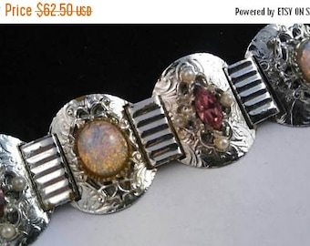 On Sale Chunky Glass Stone Bracelet, Vintage Pink Rhinestone Bracelet, Mid Century Costume, 1950's 1960's Estate Collectible Jewelry
