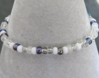 pretty tiny bead bracelet