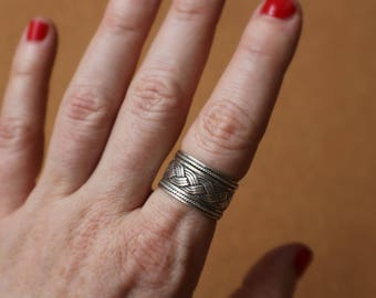 Wide Sterling Ring / Vintage Braided Band / Sterling Silver Jewelry / Size 9