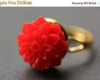 SUMMER SALE Red Mum Flower Ring. Red Chrysanthemum Ring. Red Flower Ring. Adjustable Ring. Handmade Flower Jewelry.