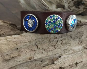 LEATHER SNAP BRACELET, 18mm Silver Turtle, Blue/Aqua/Green Rhinestone, Shell Snaps x 3 (included), Brown Leather Bracelet, adjusts 2 sizes