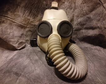 SUPERIOR GAS MASK Extra-Small for petite or little people sensory deprivation