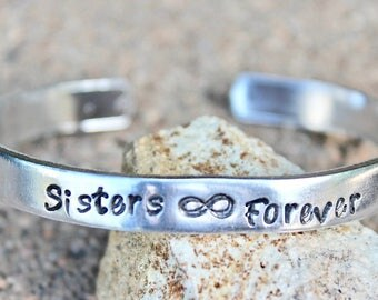 Sisters jewelry, sisters Bracelet, Sisters Infinity Cuff, Sisters are Forever, BFF, Best Friends Bracelet, Best friends, Sisters Forever