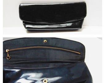 SALE Vintage Clutch Handbag 60s Black Patent Leather Fabric Lining Cool Full Body Metal Zipper