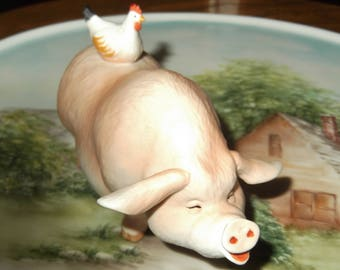 Vintage Ceramic Hog Figurine Pig with Chicken Ceramic figure Vintage Enesco Hog or Pig Figurine 1988 Farmhouse Collectible
