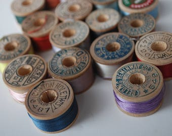 18 spools vintage pure silk buttonhole  Belding Corticelli Coats Clark size D  twist thread spools