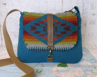 Basket Maker - Crossbody messenger bag - Southwestern purse - Adjustable strap - Travel purse -Ombre - Tribal - Teal - Wool - Ready to ship