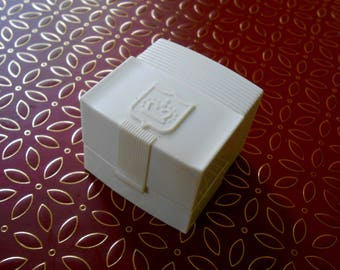 midcentury art deco ring box in off white, with gold velvet