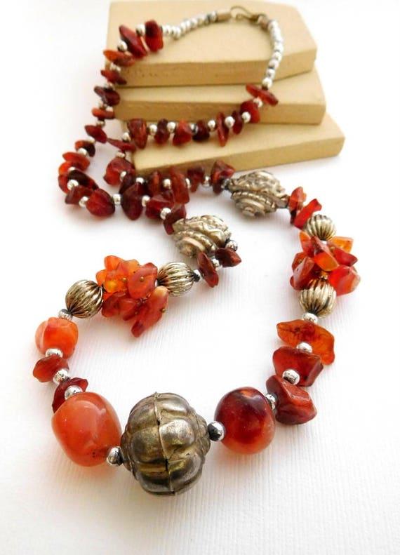 Vintage Tibetan Chalcedony Carnelian Gemstone Silver Bead Tribal Necklace WW17