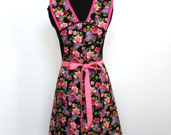 Vintage Inspired Pink Roses and Lilacs Cotton Apron -  Fully Lined Apron - two double lined pockets