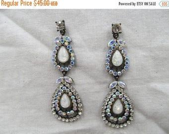 On Sale Vintage Iridescent Rhinestone Opal Dangle Earrings, Vintage Dangle Rhinestone Earrings, Hollywood Glam Flapper Style, Bridal Earring