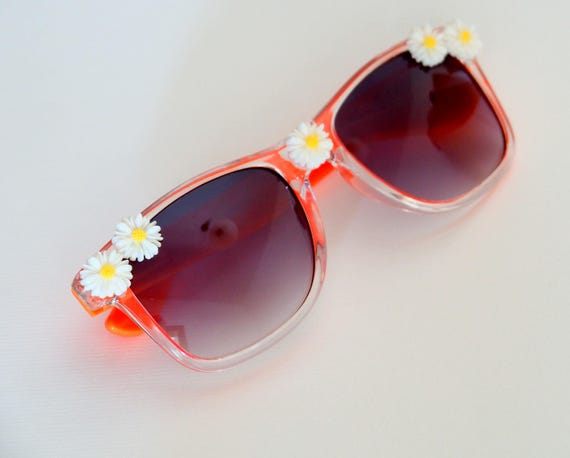 Orange daisy sunglasses