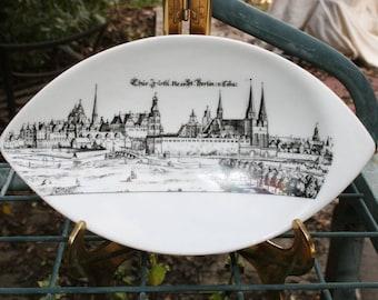 Royal Porzellan Bavaria Kpm Germany Handarbeit Soap Dish/Bavarian KPM Soap Dish/ White and Black Soap Dish Western Germany/ Tear Drop Shaped