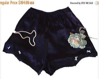 SUMMER SALE Vintage Patolaine Panties satin lace blue bows Extra Large 50s panties black panties tap panties satin panties 60 panties design