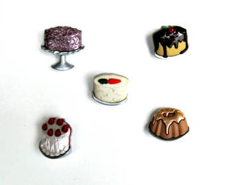 Set of 5 cake shank buttons