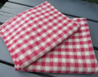Pair  Pillow Cases White Red Linen  Cotton Check  Pillowcases Pillow Shams  Covers Euroshams   Upholstery Plaid Kelsch Fabric Cottage Kelsch