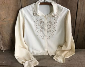 French 1940s Long Sleeve Blouse, Embroidery Work, Silk Rayon, Small Medium, Mother of Pearl Buttons