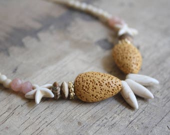 Summer beach necklace, Woman tribal necklace, Hawaiian beach jewelry, Spike beaded necklace, Tribal beaded gemstone necklace,Summer necklace