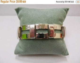 ON SALE Vintage Silver Tone Geometric Bracelet Item K # 223