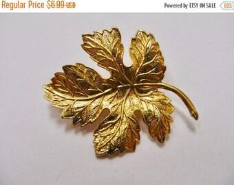 ON SALE Vintage Textured Metal Leaf Pin Item K # 2378