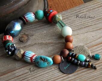 Bohemian bracelet-bracelet vintage-assembly ethnic-style boho-rustic look-bead basha bracelet-coral red-turquoise-cobalt blue-iridescent