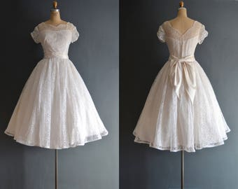 Kari / 50s wedding dress / vintage 1950s wedding dress