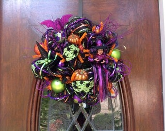 Small Tassel Witch Wreath