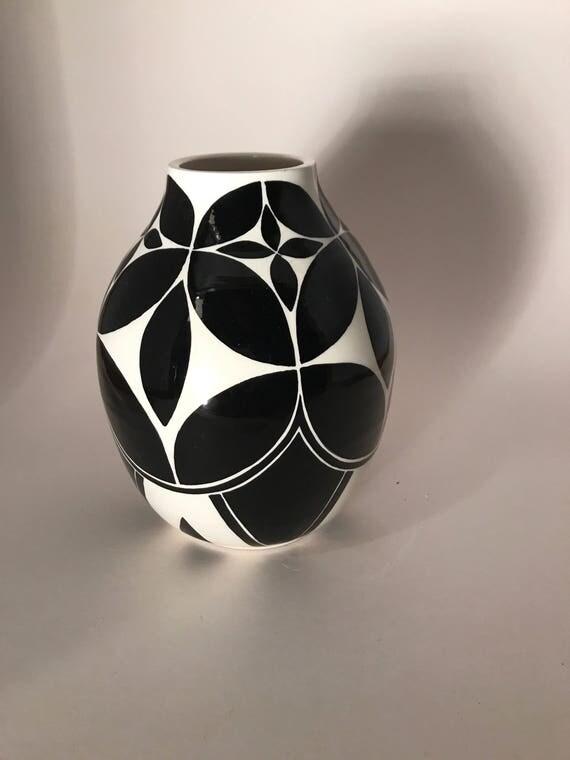 Petal pot #86