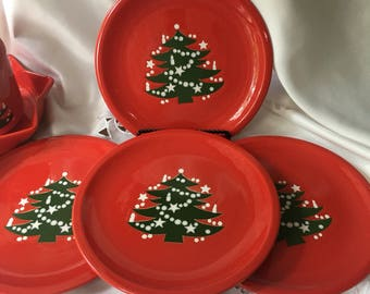 Set of 4 Waechtersbach Christmas Tree Dinner Plates 10 inch Germany Dishwasher microwave and oven safe