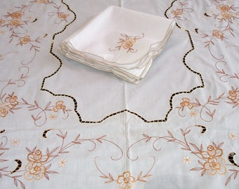 Table cloth with 10 matching napkins, Elegant Table cloth, Embroidery cut work, Banquet size tablecloth with napkins, Formal dining; 72x108""