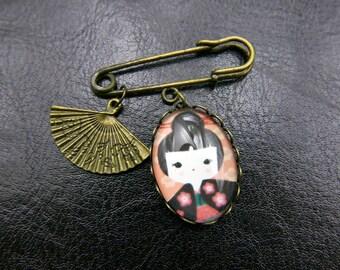 Japanese girl Brooch