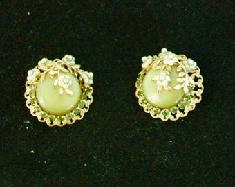 "Vintage Earrings in the Style of Miriam Haskell - ""Pearls and Avocados"""