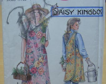 FREE SHIPPING! Simplicity 7481 Daisy Kingdom apron sewing pattern. All sizes. UNCUT
