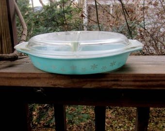 pyrex snowflake double serving or baking dish