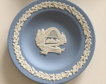 Wedgewood Portland Blue White Jasper Ware Sidney Harbour Bridge Souvenir Plate Australian Capital Series Plate