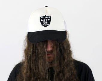 Vintage Oakland / Los Angeles / Las Vegas RAIDERS NFL Mesh Cap Snapback