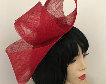 Red fascinator hat loop headpiece, perfect for the races or a wedding, hatinator
