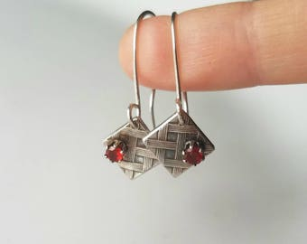 Sterling silver plaid earrings with natural Mexican fire opal