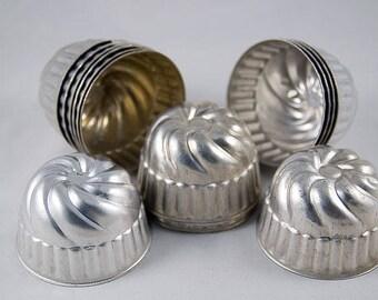Vintage Fluted Jello Molds/Baking Tins/Bundt Pans, Lot of 14