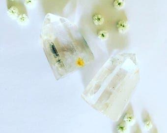 Clear quartz point