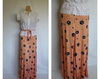 Sale Vintage Blue Apple Maxi Skirt / 1970s Festival Maxi / Fall Fruit Maxi Skirt / Apple Full Length Skirt XS/S