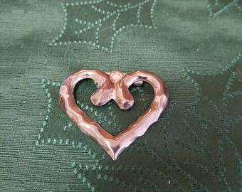 Silver toned heart brooch