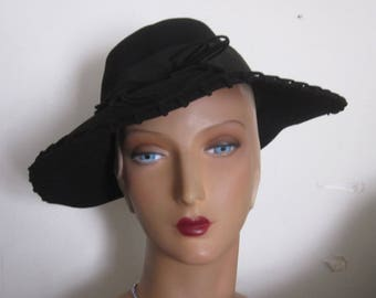 SALE - Tamsin - 1940's Black Wool Felt Fedora Hat with Lacing Decoration