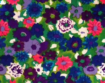 Floral vintage fabric // bright colorful painterly flowers // UK seller